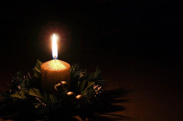 christmas-candle-1414139