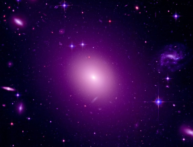 Hubble-GalaxyClusters-PubDomain-2