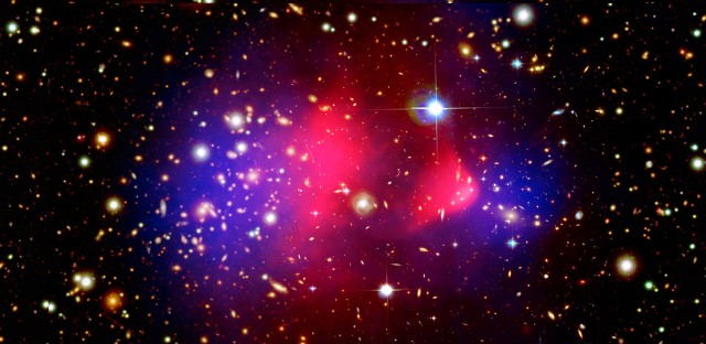 Hubble-GalaxyClusters-PubDomain-3